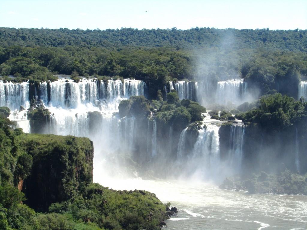 Der erste Blick auf die Wasserfälle